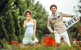 奥斯卡国际影视基地——欧式婚纱摄影