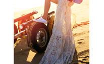 夕阳余晖创意婚纱照