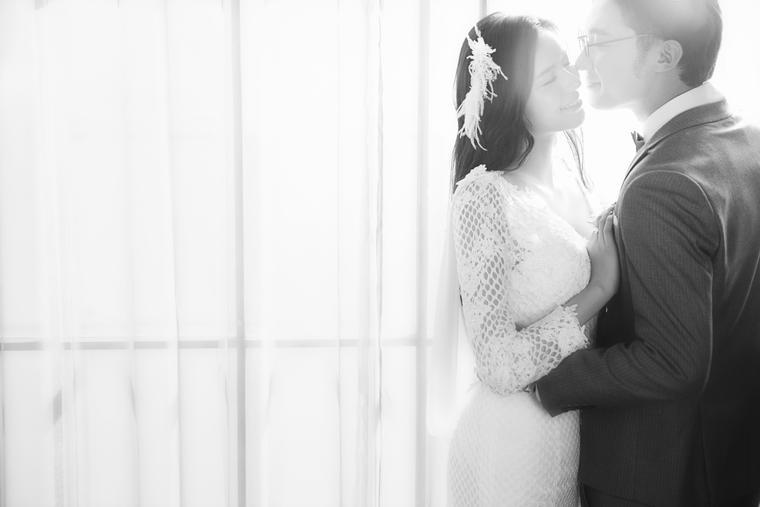 韩式花氛+简约片场+多元风格一站式婚纱照拍摄
