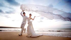 纪时光旅拍|私人定制唯美海景婚纱照