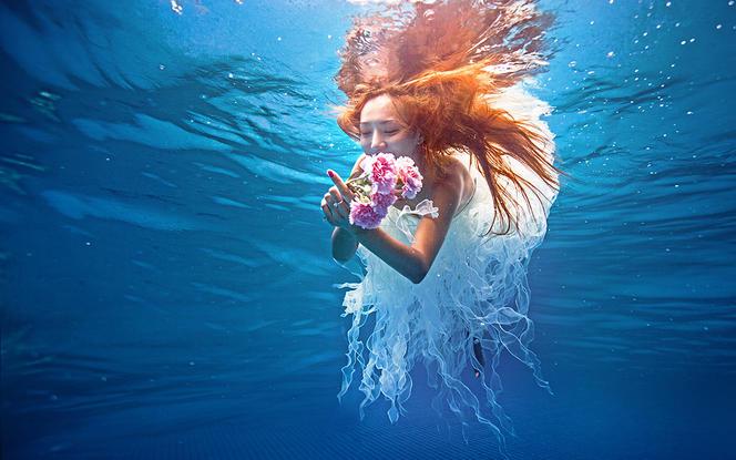 【白纱糖】--以爱之名:订单送水下摄影