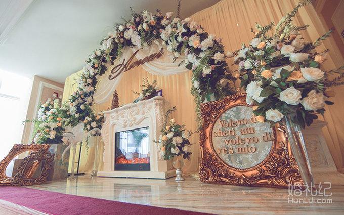 婚礼场地:酒店 婚礼主题:欧式