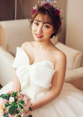 【白色唯美婚纱】每个女孩内心深处可能都装着一个蝴蝶结