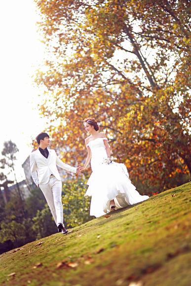 韩国芭妃 动感纪实风婚纱照