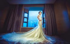 奢华婚纱礼服套系(三件)+婚礼全程跟妆 化妆总监