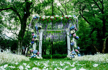 【户外婚礼布置】花房姑娘