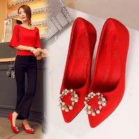 女士红色结婚鞋子尖头细跟中式新娘鞋红鞋中跟公主水钻孕妇婚礼鞋