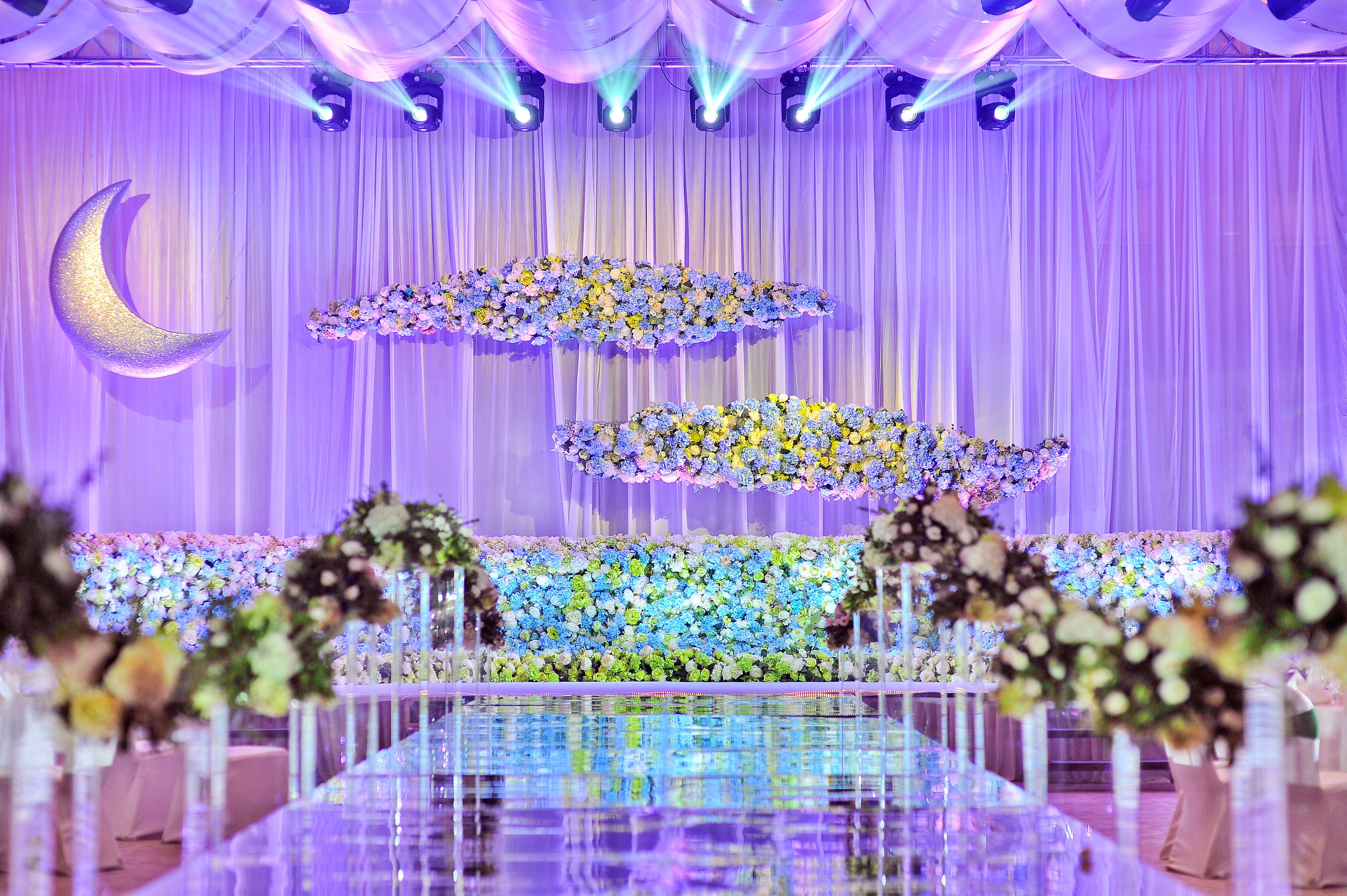 婚礼布置灯光效果图