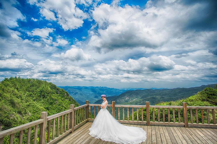 唯美意境婚纱照《云上鼓岭》