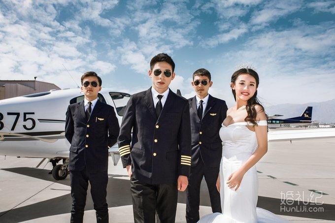 创意航空飞机婚纱照