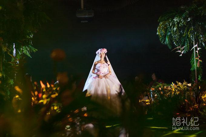 黄石兰博基尼酒店-绿野仙踪