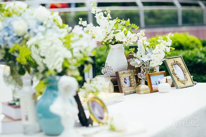 14,香槟台唯美布艺装饰1组  灯光舞美 婚礼灯光 婚礼追光灯 1个 合影