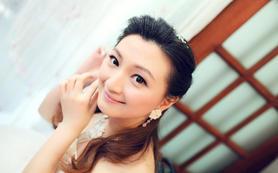 长沙新娘跟妆 专业化妆师档婚礼跟妆 甜美新娘造型