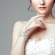韩式新娘连指链手链手饰配饰手指链带戒指一体链
