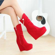 秋冬季新款水钻流苏中筒靴厚底马丁靴坡跟高跟女靴红色女鞋结婚鞋