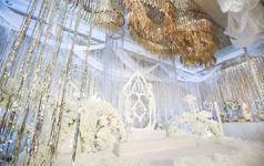 萧山雷迪森 LED屏幕布置 白色仙仙风大气婚礼