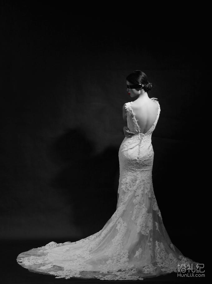 定制赠送同款婚纱精致手绘图