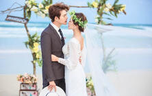 三亚聚焦全球旅拍婚纱摄影豪华游艇海边一线5999