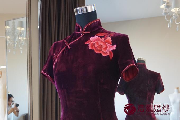 真丝丝绒刺绣大牡丹绣花中长款短袖旗袍 妈妈装