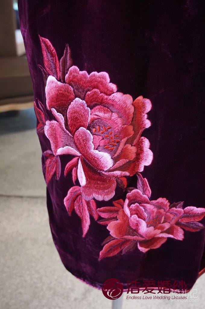【浩爱婚纱】刺绣牡丹绣花短袖丝绒旗袍