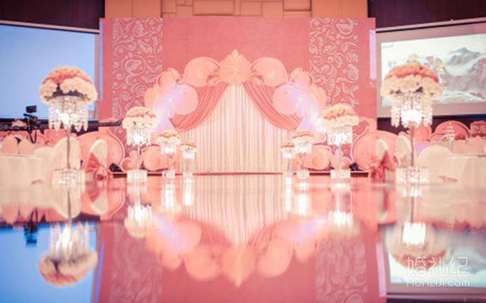甜蜜公主粉色婚礼含四大金刚加全场鲜花灯光