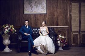 巴黎新娘—<简约爱情>内景婚纱照系列