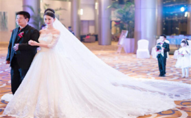 【YIHUAN】超值一字肩仪式婚纱