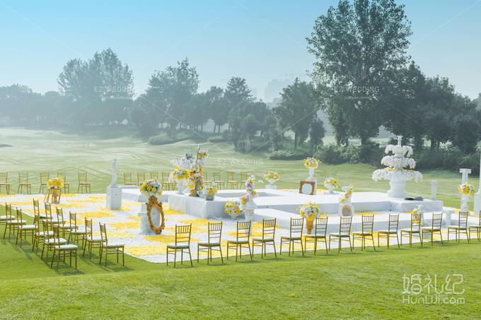 欧式户外婚礼舞台