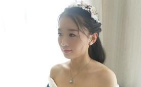 新娘早妆--欣薇婚纱