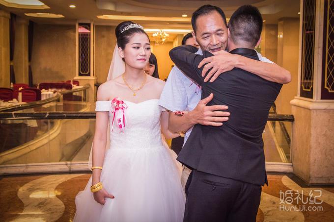 (季度热卖)资深单机婚礼摄影