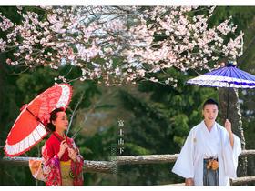 【日本旅拍の客样欣赏】富士山下带着樱花味道的浪漫