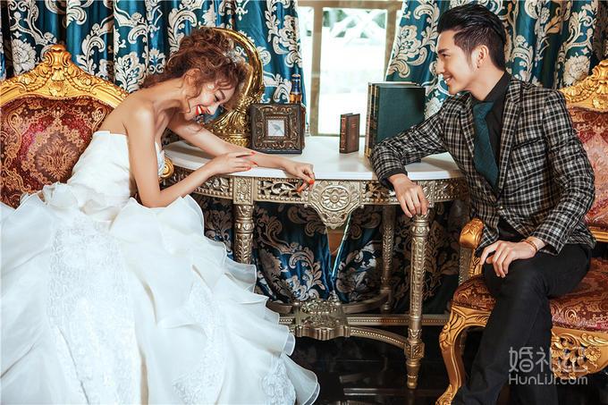 【欧式轻奢内景】经典套系婚纱照