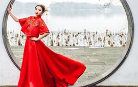 【梵古】中式秀禾红色长款龙凤褂婚纱新娘旗袍套系