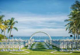 「创意婚礼」亚龙湾喜来登酒店 草地上的精灵