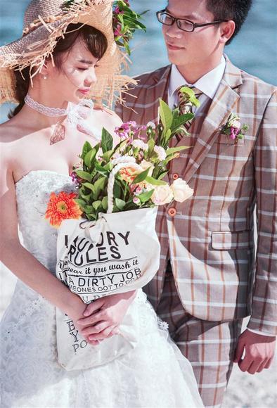 【唯美婚纱照】最幸福的事不是带着她环游世界给她美美的婚纱照