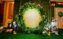森系绿色小清新主题婚礼布置