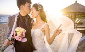 <寻找 乌托邦婚纱>大小洞天+游艇水下主题送婚纱