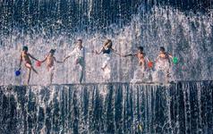 巴厘岛♥东部【情人瀑布+无边泳池+水宫】特色之旅