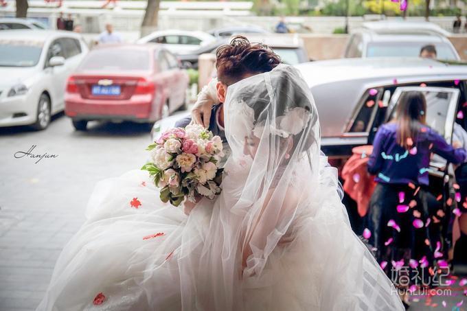 韩军工作室总监摄影师单机位婚礼摄影全程跟拍