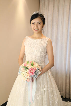 LaRita新娘婚纱礼服馆【衣心一意】
