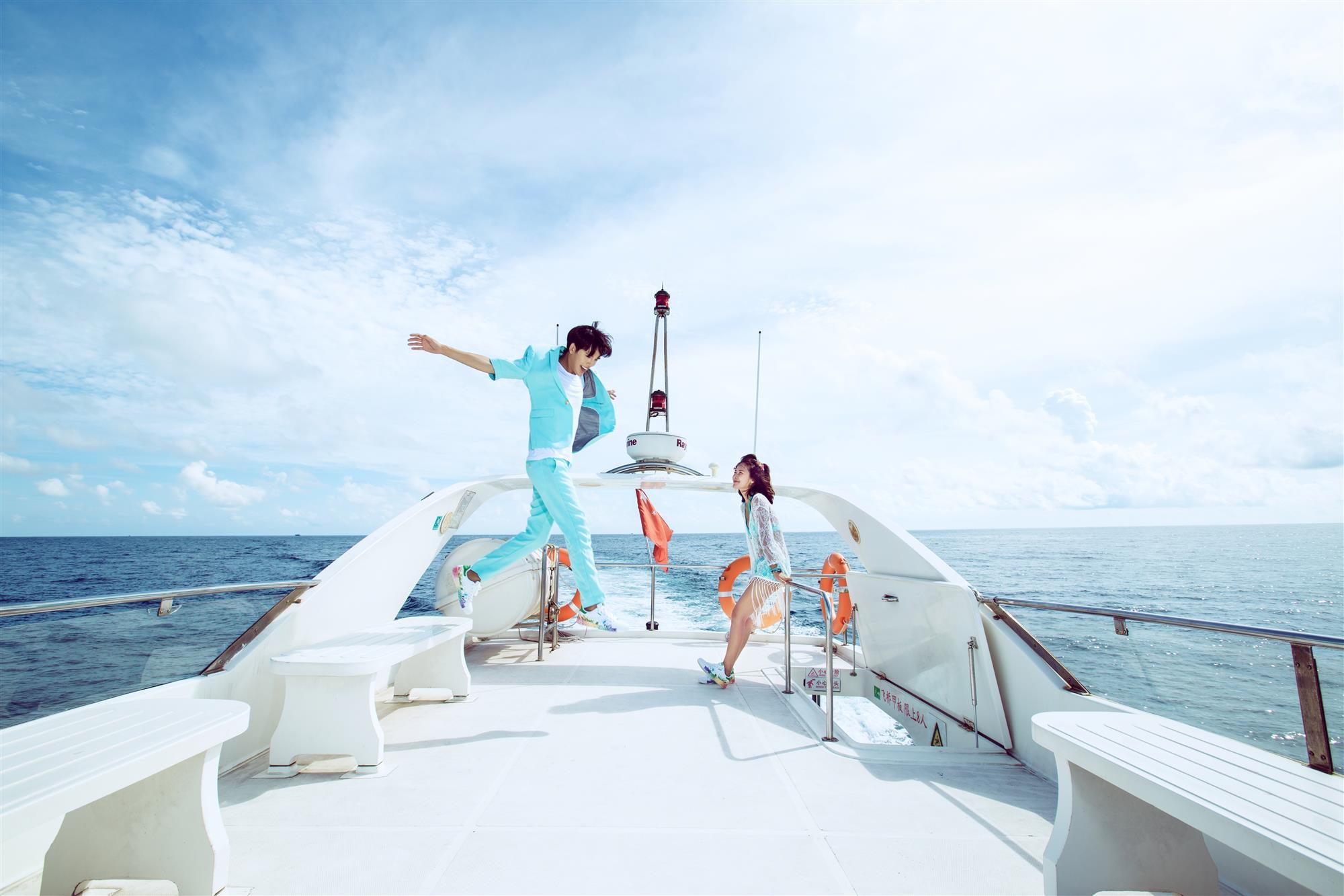 三亚欧式游艇婚纱艺术摄影特写