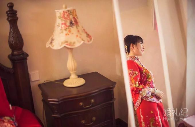 婚纱+跟拍+跟妆-糖果全系套餐(3999元)