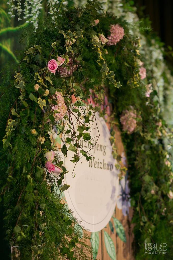 墨绿色欧式大花墙纸贴图
