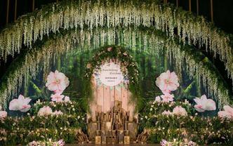 【卡罗婚礼】全场鲜花布置送首席四大金刚