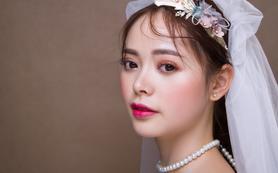 【摩可时尚新娘馆】—— 资深化妆师