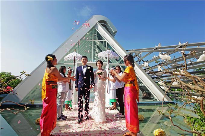 巴厘岛 悦榕庄 白鸽教堂创意婚礼