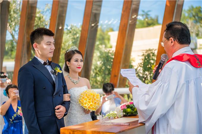海外婚礼 巴厘岛 安纳塔拉水晶教堂婚礼