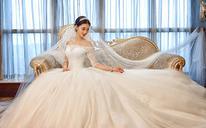 婚纱礼服新款韩式简约一字肩长拖尾中袖蕾丝奢华大拖尾