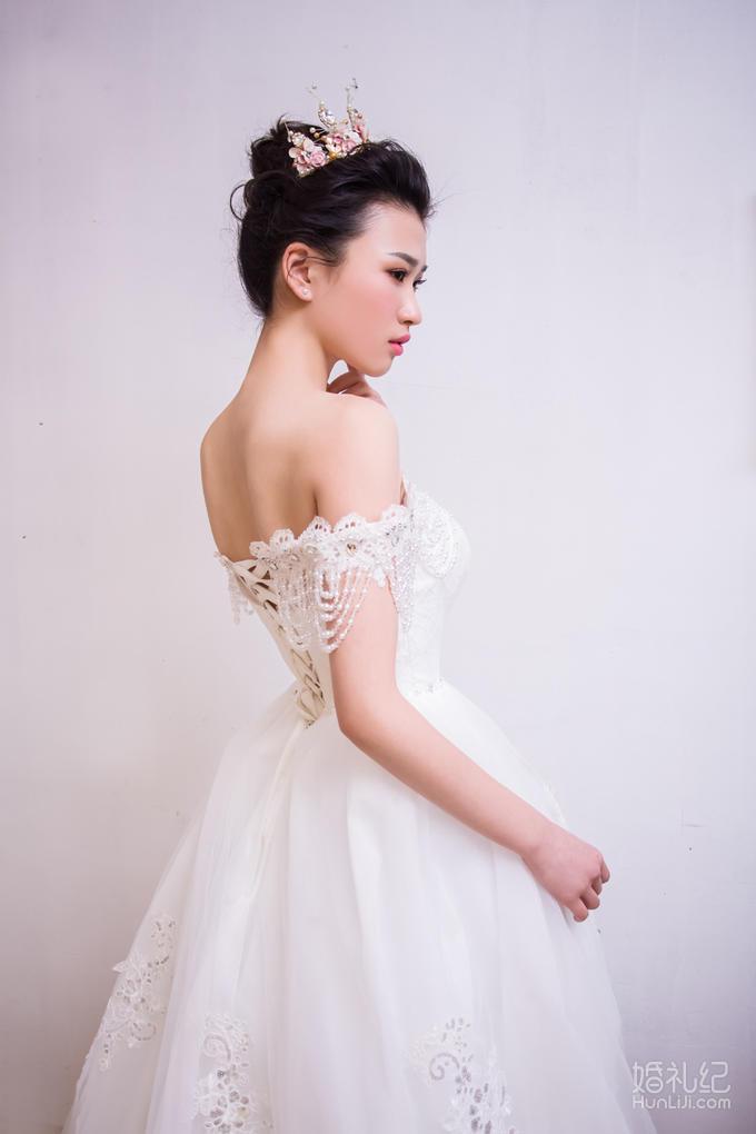 【Memory婚纱空间】超值3件套租赁婚纱+跟妆