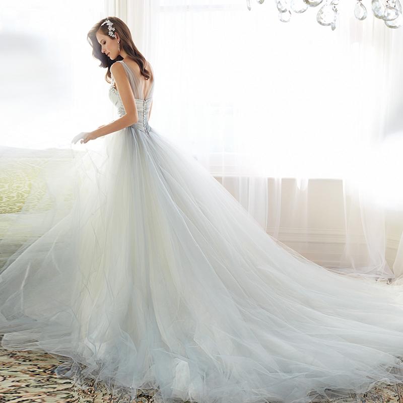 欧式宫廷拼色婚纱礼服2017新款肩带v领漏背显瘦绑带拖尾婚纱